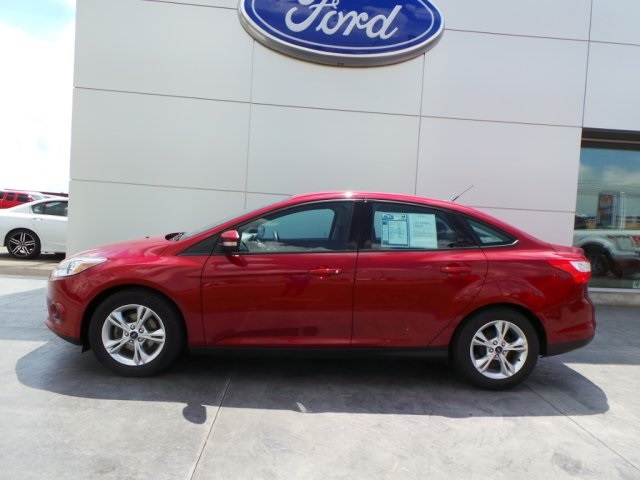 pre owned 2014 ford focus se